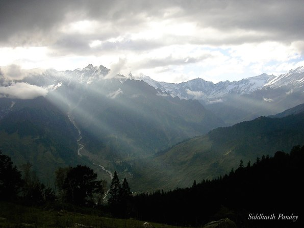 1. The lines of nature- serrated mountains, lancing sun  rays, spinning rivers