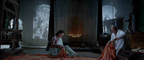21- Kashibai and her mother-in-law weaving a saffron flag   in Bajirao Mastani (Google Images)